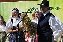 V zahradě Domu PZKO v Havířově-Bludovicích se v sobotu za úmorného vedra konal 47. ročník Slezských dožínek.