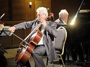 Vystoupením Guarneri tria pokračovala ve středu večer v Kulturním domě Radost v Havířově jarní sezona komorních koncertů vážné hudby.
