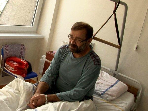 Jan Marek se po prvotním ataku chřipkového viru H1N1 po několika dnech vnemocnici cítil dobře a čekal na propuštění domů.