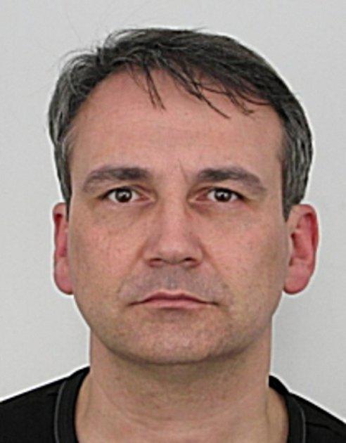 Hledaný Tomáš Bárta.