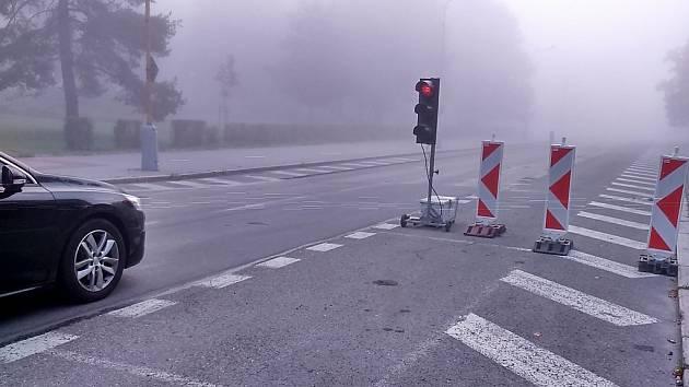 Dopravní omezení kvůli pokládky nového asfaltu v havířovské ulici Na Nábřeží.