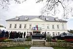 Prezident Zeman při návštěvě Petrovic u Karviné.