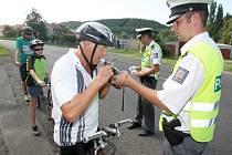 Kontrola cyklistů.