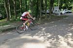 Na start 7. ročníku Albrechtického sprint triatlonu se v sobotu za krásného slunečného počasí postavilo 53 závodníků z toho 9 žen.