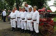 V Petrovicích se utkaly stoleté hasičské stříkačky.