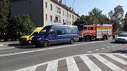Místo drobné kolize dvou vozidel na Dělnické ulici v Havířově-Prostřední Suché.