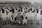Slavia Orlová v roce 1946. Zleva nahoře: E. Lichý, Fr. Komender, V. Šnapek, K. Šnapek, E. Dittrich, B. Novák, D. Kolder, L. Šnapek. Dole: O. Piprek, V. Vronka, B. Sobol.