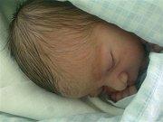 Samuel Ruščin se jako první miminko narodil mamince Lucii Ruščinové-Sojkové z Jablunkova v pozdních středečních hodinách 15. května. Po narození vážil 2800 g a měřil 49 cm. Karvinský tatínek Lukáš Ruščin je na dítě právem hrdý.