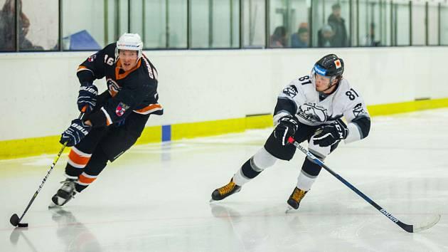 V krajské lize hokejistů se rozběhlo play off.