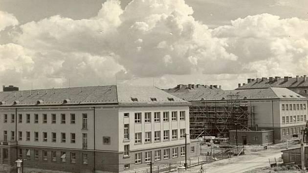Snímky z archivu Gymnázia Komenského v Havířově.