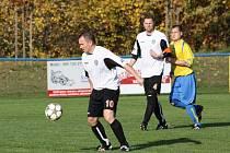 Fotbalisté Albrechtic se radovali z veledůležité výhry.