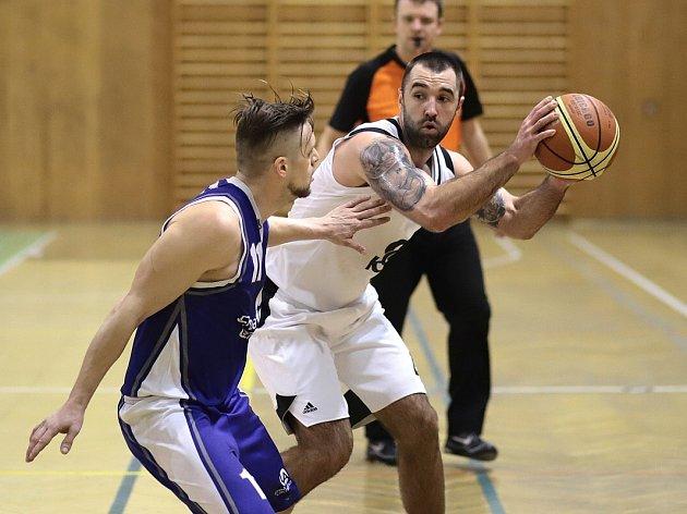 Karvinští basketbalisté by se v nové sezoně druhé ligy rádi umístili vysoko jako posledně.
