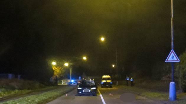 Nehoda se smrtelným zraněním chodce se stala 14. listopadu kolem 17:20 hodin v Havířově, městské části Šumbark za křižovatkou ulic Okružní a Petřvaldská.