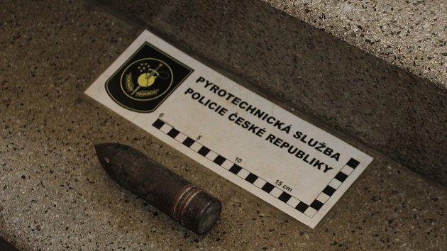 Nález dělostřeleckého granátu v Havířově