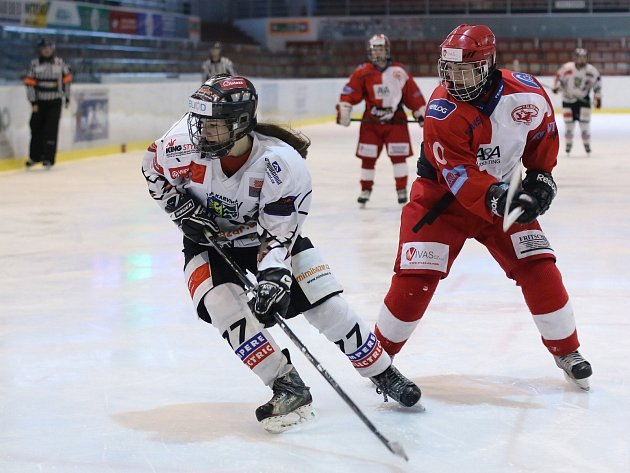 Hokejistky Karviné vybojovaly na závěrečném Final four stříbrné medaile.