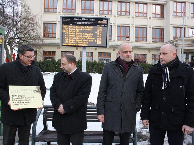 Oficiální zahájení provozu světelných tabulí s jízdními řády v Moravskoslezském kraji se konalo v Havířově.