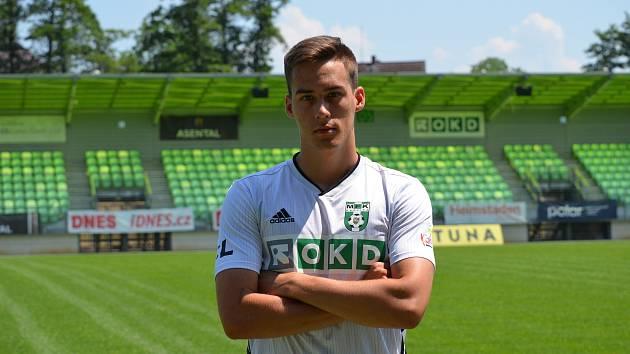 Novou posilou fotbalistů MFK Karviná se stal 19letý útočník Antonín Svoboda.