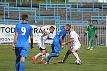 Okresní kluby v divizi (na snímku Havířov s Karvinou B) už letos dohrály.
