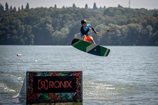 Wakeboardové mistrovství republiky proběhlo na Těrlické přehradě.