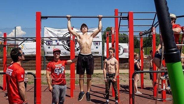 Marek Matis navrhuje se svými kolegy hřiště na workout.