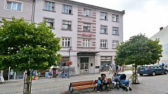 Ubytovna na bohumínské pěší zóně, jejíž majitel podal proti městu žalobu.
