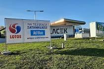 Aditivum AdBlue do moderních dieslových motorů kupují Češi ze Slezska na čerpacích stanicích v Polsku. V okolí Těšína zásoby mají.