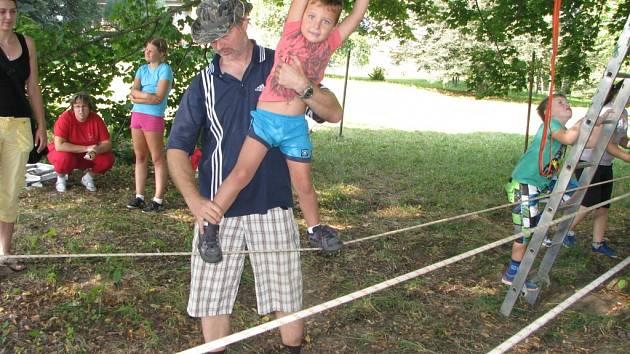 Příměstský tábor pro děti s autismem.