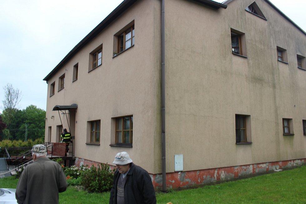 V obecním domě v Horních Bludovicích explodoval plynový kotel.