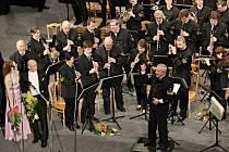 Karvinský dechový orchestr Májovák zahrál tradičně na Nový rok svůj už 15. Novoroční koncert.