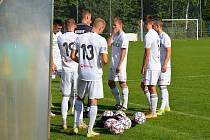 Fotbalisté Karviné B neudrželi domácí neporazitelnost. V 11. kole divize F podlehli na Bažantnici Bílovci 2:4.