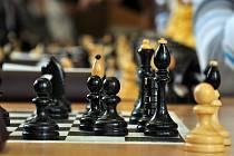 Orlovští šachisté bojují nadále o postup.