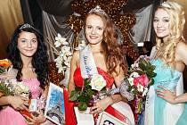 Miss Bohumín 2015 Kateřina Kubačková, I. vicemiss Kateřina Polášková z Dolní Lutyně, II. vicemiss Kristýna Klichová z Havířova.