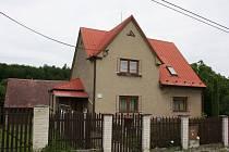 V tomto domě ve Stanislavicích došlo k vraždě.