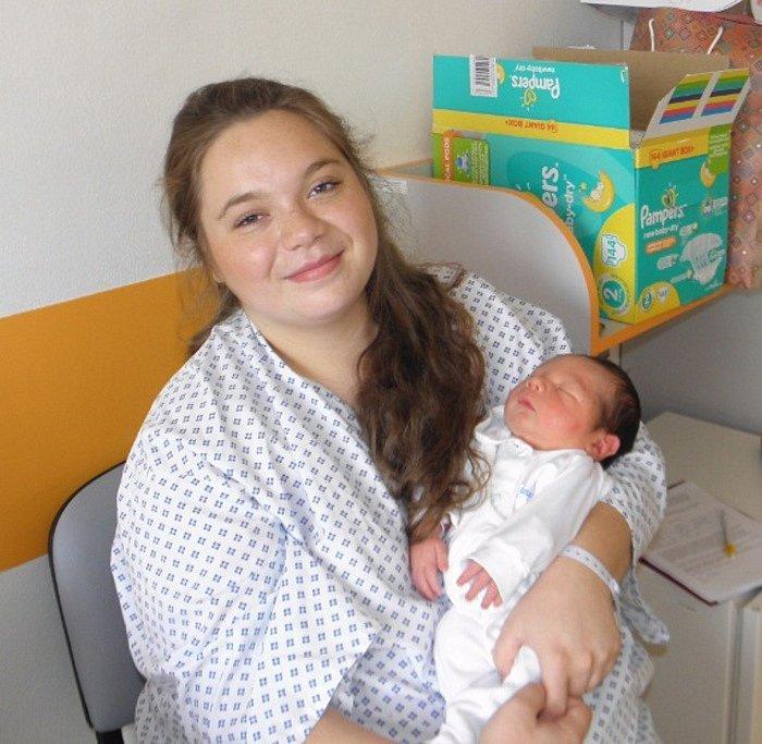 Lukášek Pavlík se narodil 22. září mamince Karin Pavlíkové z Karviné. Po porodu dítě vážilo 3520 g a měřilo 49 cm.