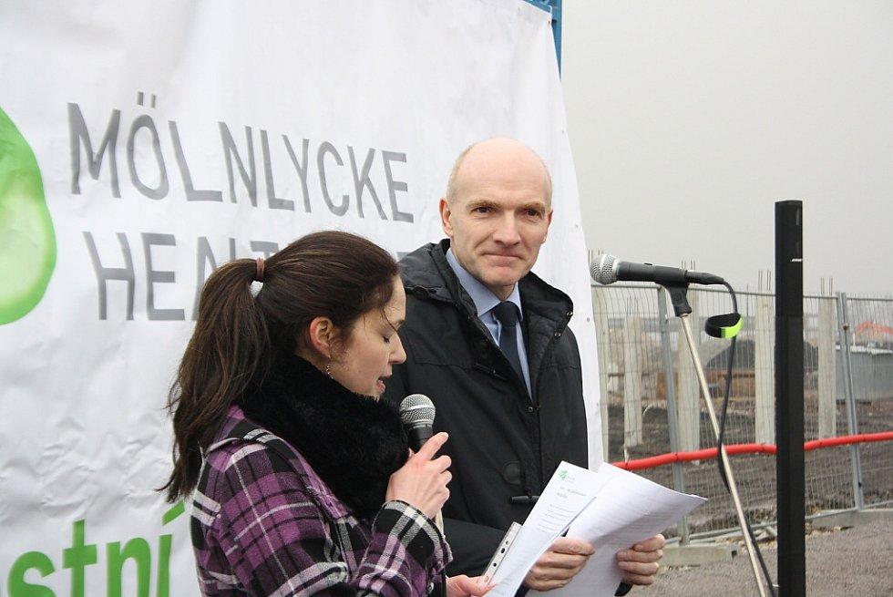 Slavnostní zahájení stavby Mölnlycke Health Care v Havířově-Dolní Suché. Prezident společnosti Eric De Kesel.