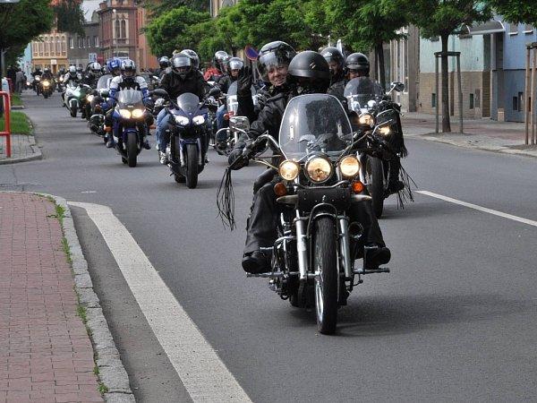 Žehnání motorkářům před sezonou.