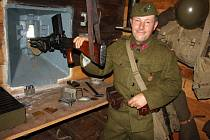 Některé bunkry si díky nadšencům mohou turisté prohlédnout.