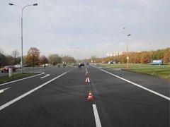 Kriminalisté vyšetřující okolnosti nehody, při níž zemřel osmašedesátiletý muž, hledají svědky události, k níž došlo 6. listopadu kolem 07.55 hodin v Havířově na silnici I. třídy ulice Ostravské (výjezd na Ostravu).