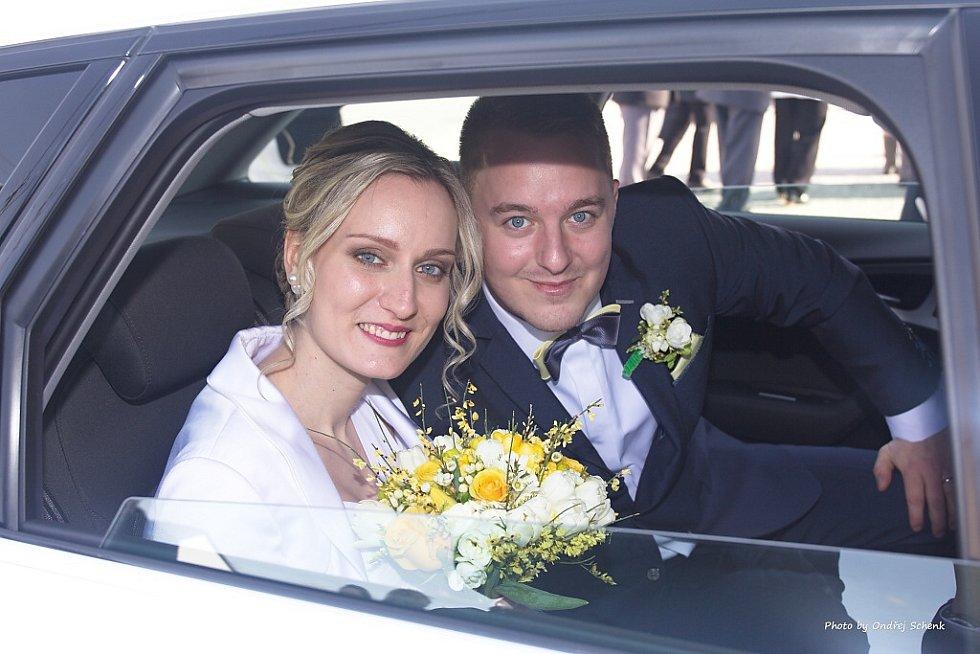 "Radim a Alexandra Trunkátovi z Petrovic u Karviné si řekli své ""ano"" 4. března 2017."