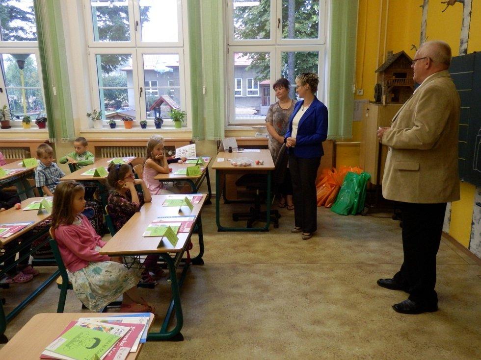 Slavnostní zahájení školního roku v havířovské ZŠ Frýdecká.