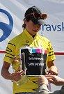 Vítězka Evelyn Stevens ve žlutém trikotu.