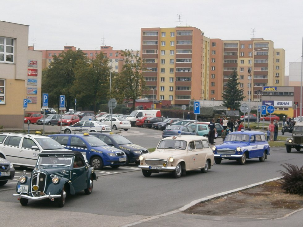 Sraz autoveteránů v Orlové.