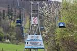 Provozovatelé lanové dráhy Oldřichovice - Javorový ukončili přípravy na sezonu, V pondělí 10. května mohou konečně spustit provoz. Oldřichovice, 7. května 2021.
