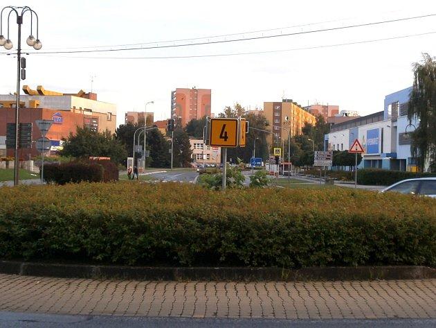 Jeden z kruhových objezdů v Orlové.