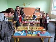 Slavnostní zahájení výuky v rekonstruovaných prostorách a velikonoční jarmark v ZŠ Šenov.