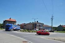 Kruhový objezd v Bohumíně Skřečoni se bude v červenci opravovat. Řidiči musejí do centra po objížďkách.
