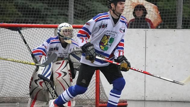 Hokejbalisté už jsou je krůček od přímé účasti v semifinále play-off.