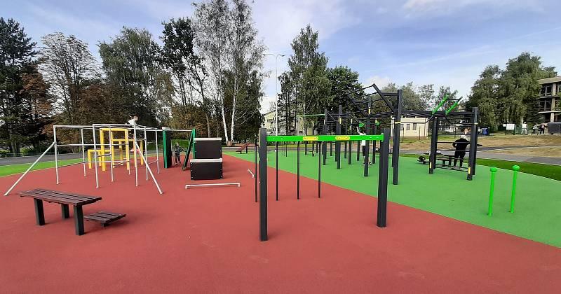 Multifunkční sportoviště u Obchodní akademie Karviná, září 2021.