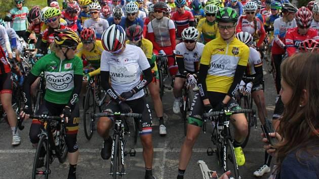Riejanne Markus uhájila žlutý trikot. Jarmile Machačové (vlevo) patřil zelený.