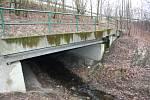 Most v Dolních Datyních potřebuje opravu.